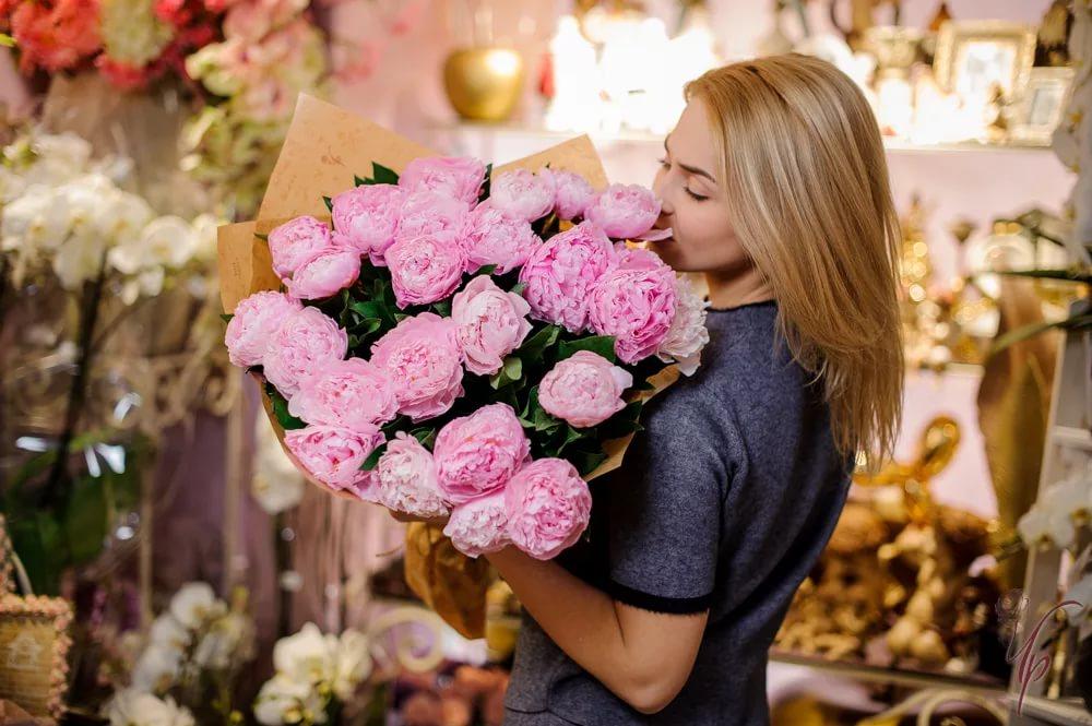 Цветы и подарки с доставкой по Украине