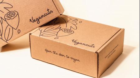 Упаковки с логотипом на заказ